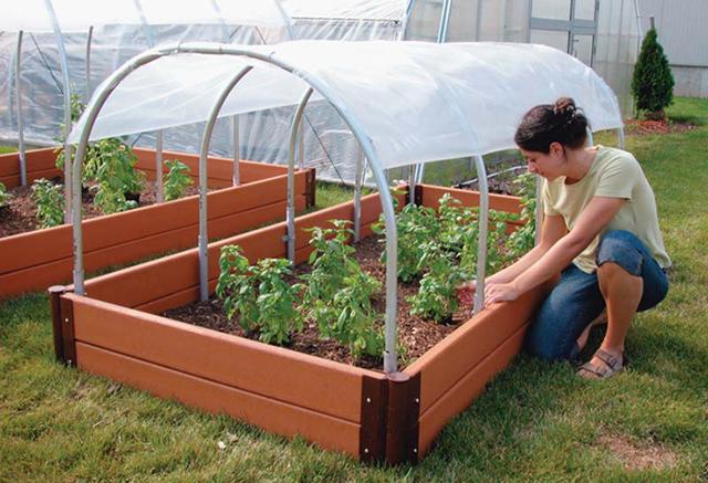 Как сделать теплицу для помидоров своими руками, как правильно собрать парник