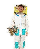 О маске пчеловода, комбинезоне, стамеске, шляпе, шапке, защитном костюме, одежде