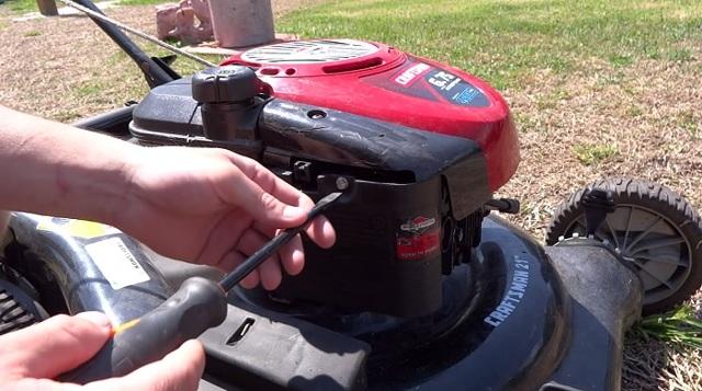 О ремонте газонокосилок: бензиновых, электрических своими руками